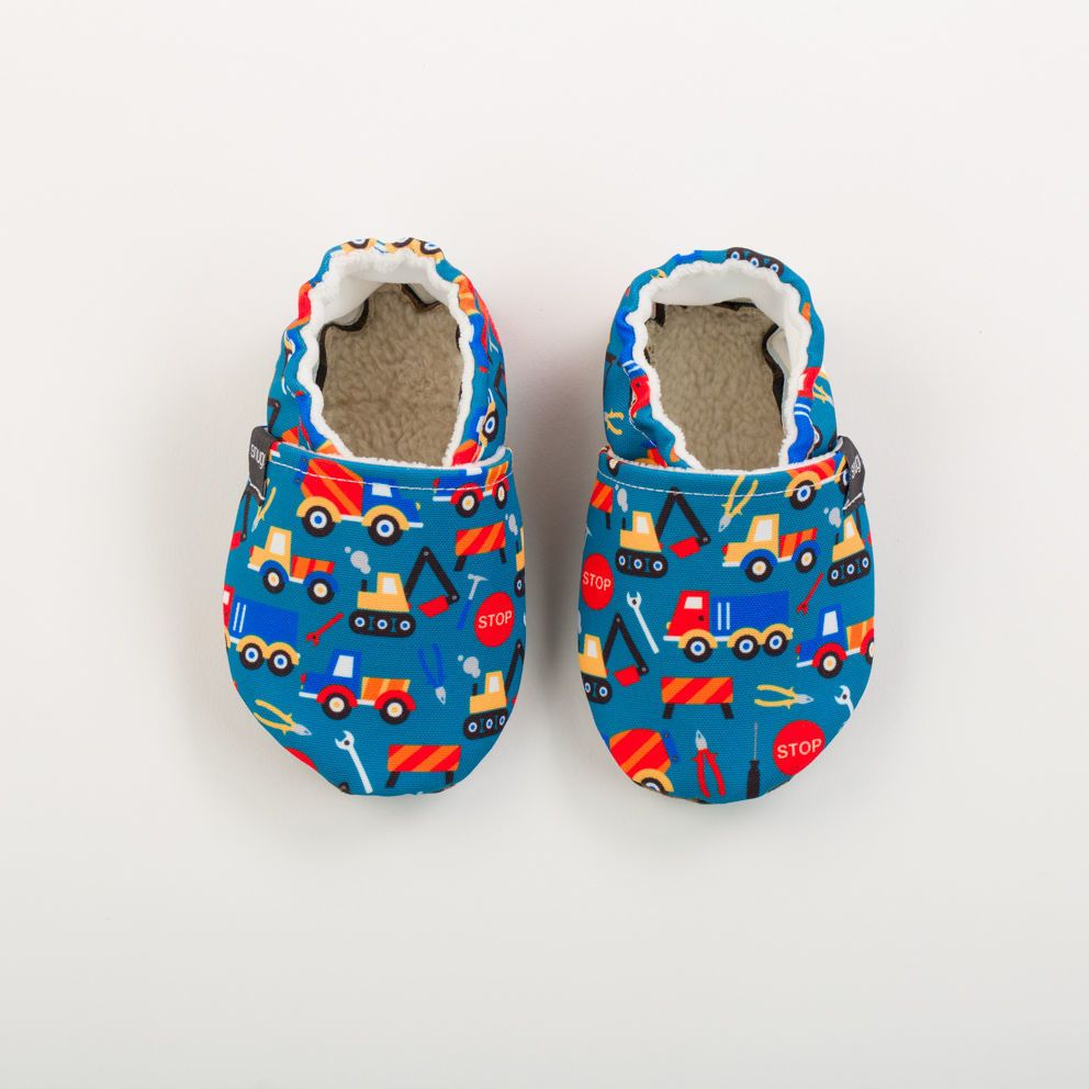 Picture of Slippers - blue trucks