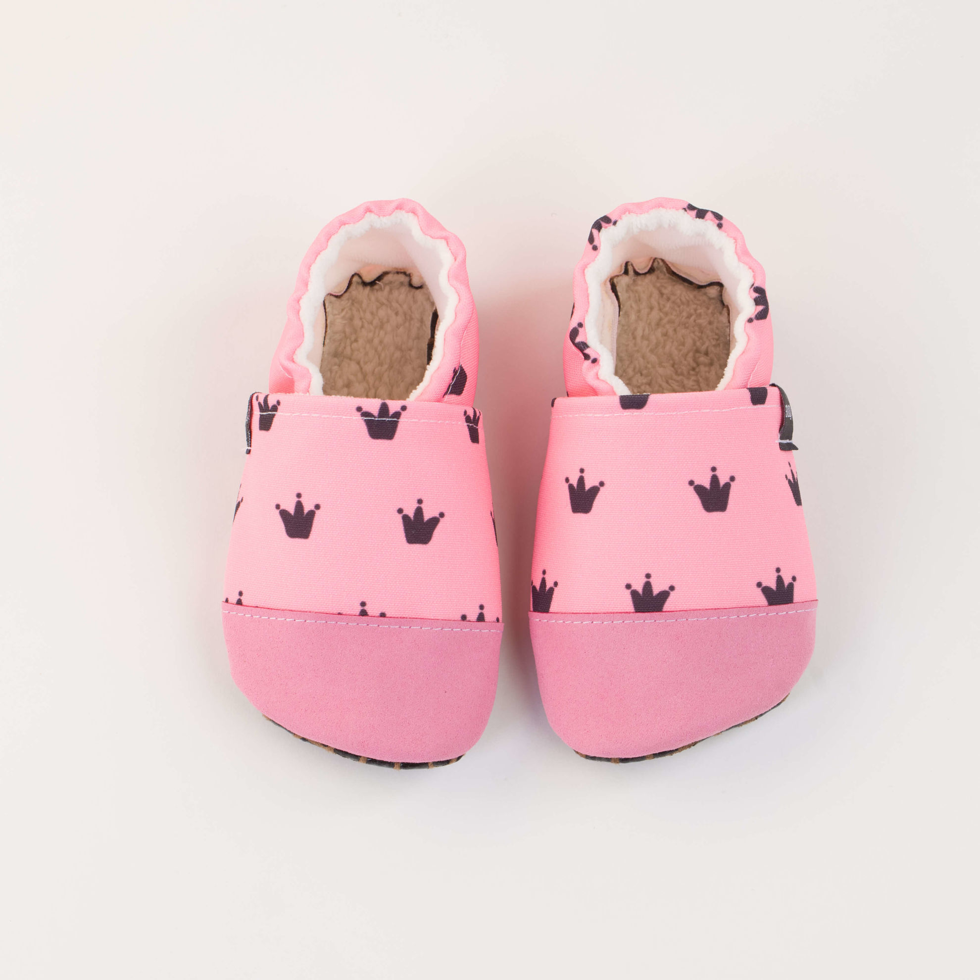 Picture of Slippers - crowns