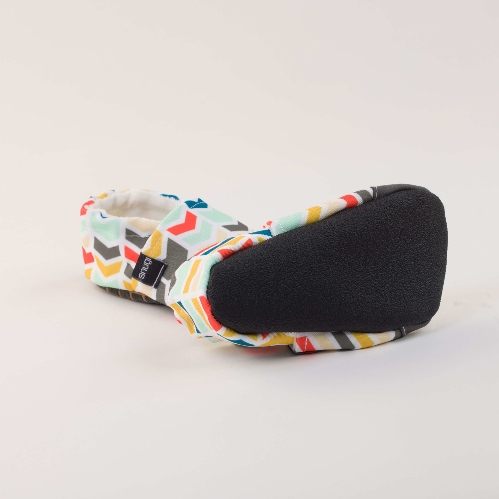 Picture of Slippers - colorful arrows